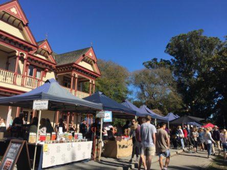 ファーマーズマーケット (Christchurch Farmers' Market)